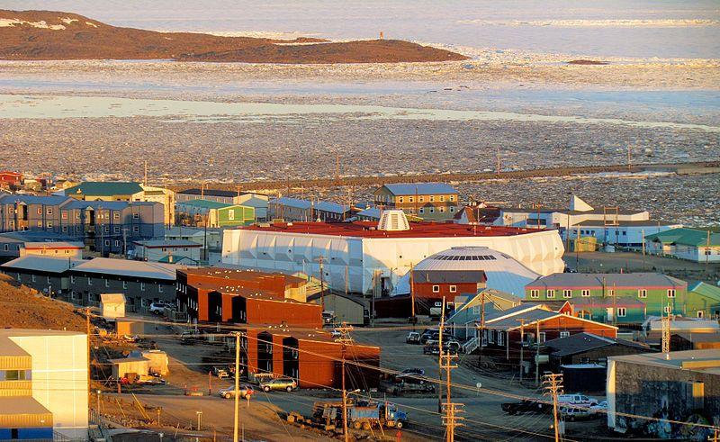 Qulliq Energy Corp et la ville d'Iqaluit signent une nouvelle entente de chauffage urbain